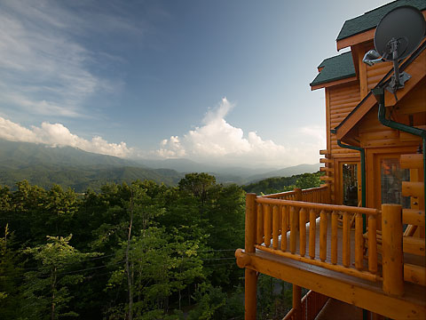 rent cabin in gatlinburg to htm luxury tn cabins a deck view rentals